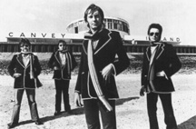 Dr Feelgood - Promo Photo (L-R: Sparko, The Big Figure, Lee Brilleaux & Gypie Mayo)